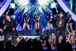 don-omar-y-daddy-yankee-premios-billboard-2016