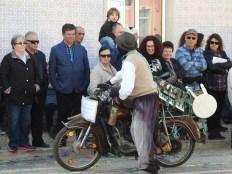 Accordion on a bike
