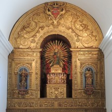 Main altar piece in carved gold leaf