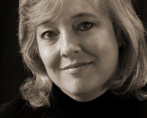 Cindy Dees author photo