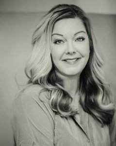 Ilsa Madden-Mills author photo
