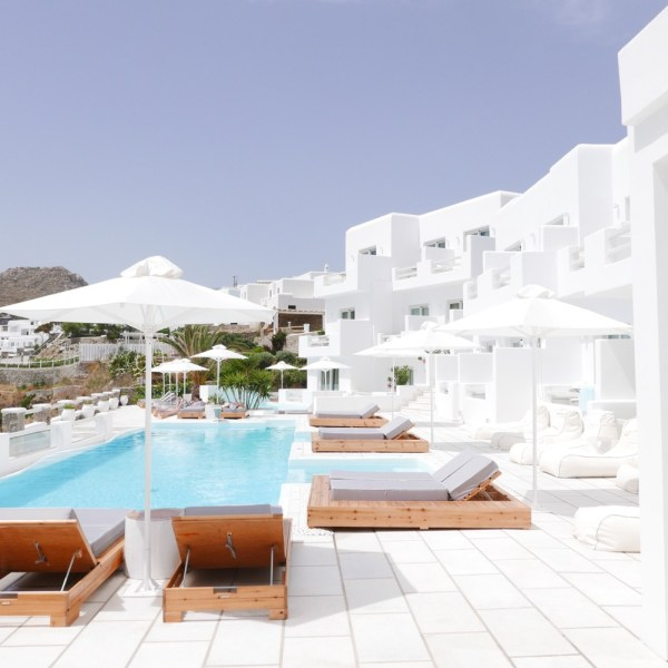 Hotel Review: Nissaki Boutique Hotel, Mykonos