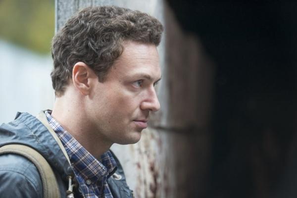 The-Walking-Dead-5-Temporada-S05E16-Aaron
