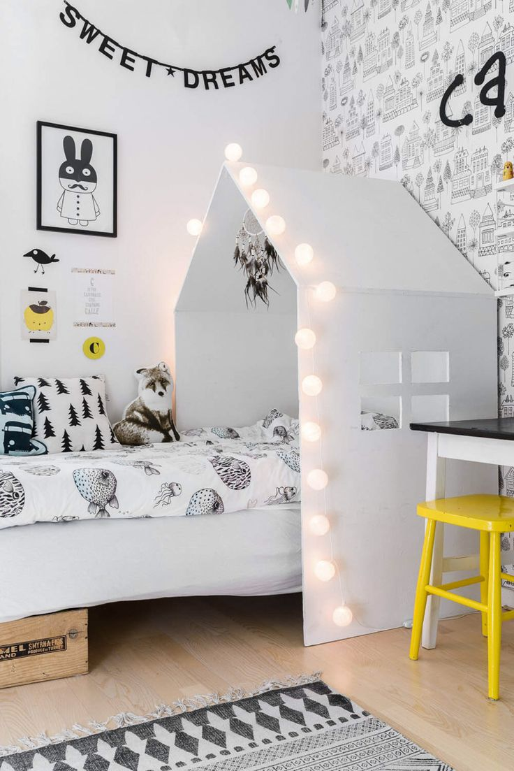 Black and white decorations for kids rooms