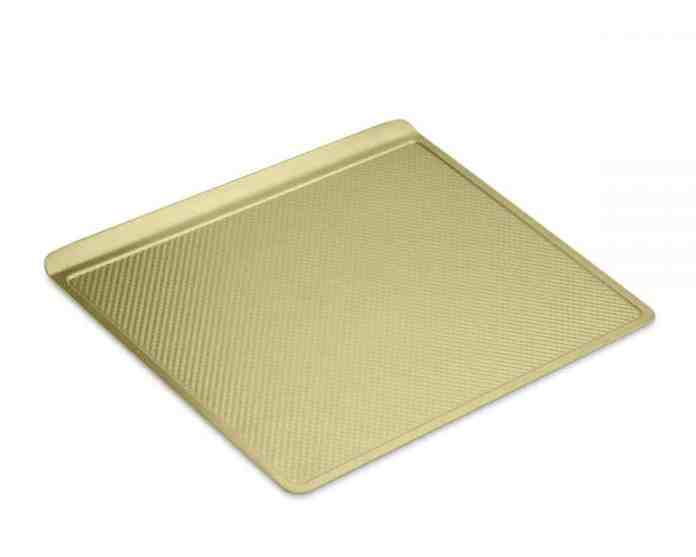 Williams Sonoma Goldtouch® Nonstick Cookie Sheet