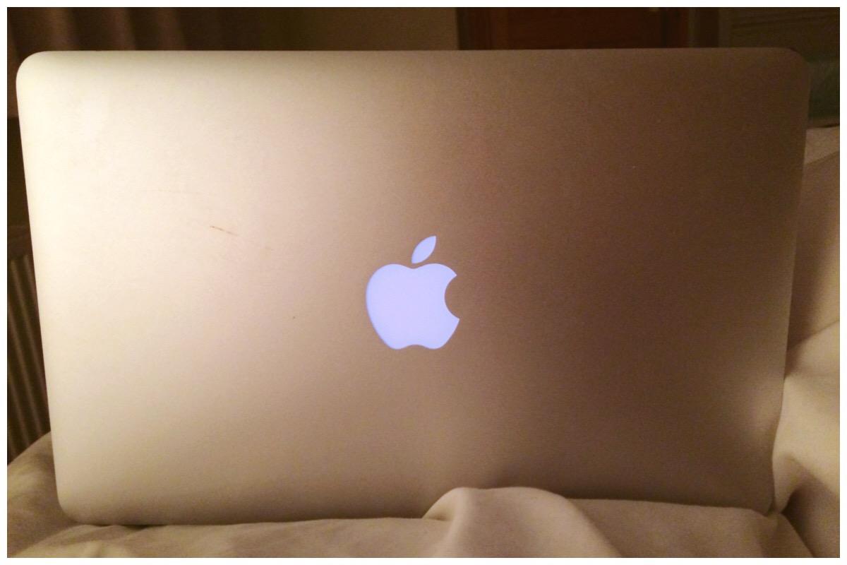 Late night MacBook-ing