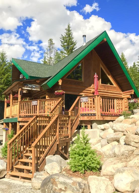 back to the land bb golden bc - Back To The Land B&B - Golden, BC