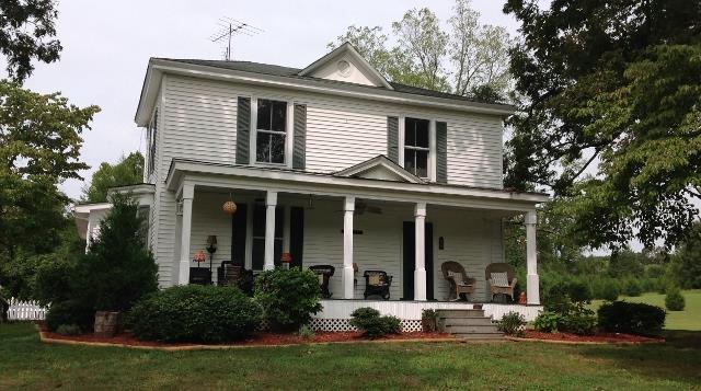 circa 1876 farmhouse in evington evington va - Circa 1876 Farmhouse in Evington - Evington, VA