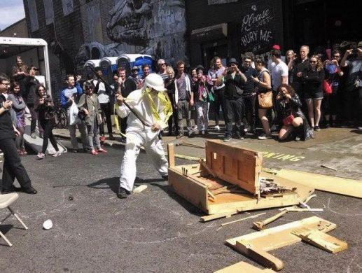 A past Grattan Street performance (image via Spread Art / Facebook)