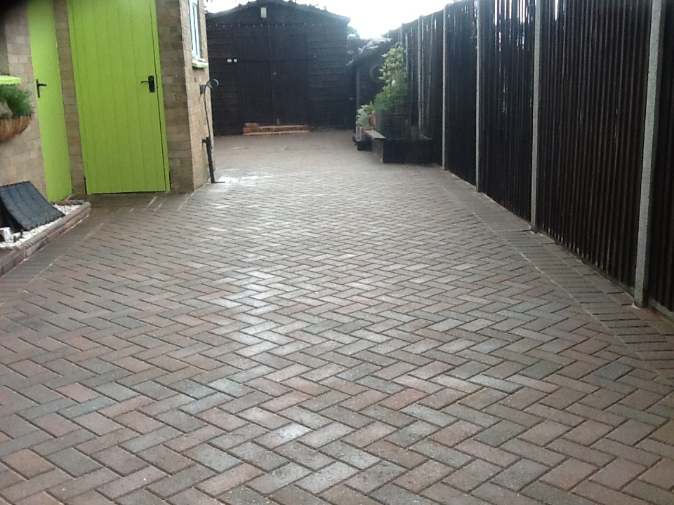Driveway after cleaning Pertenhall