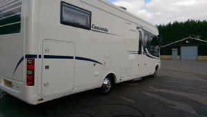MotorHomes and Caravans15