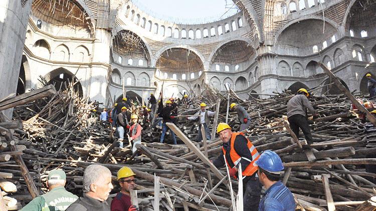 Mühendisin altında can verdiği cami iskelesinin bilirkişi raporu açıklandı