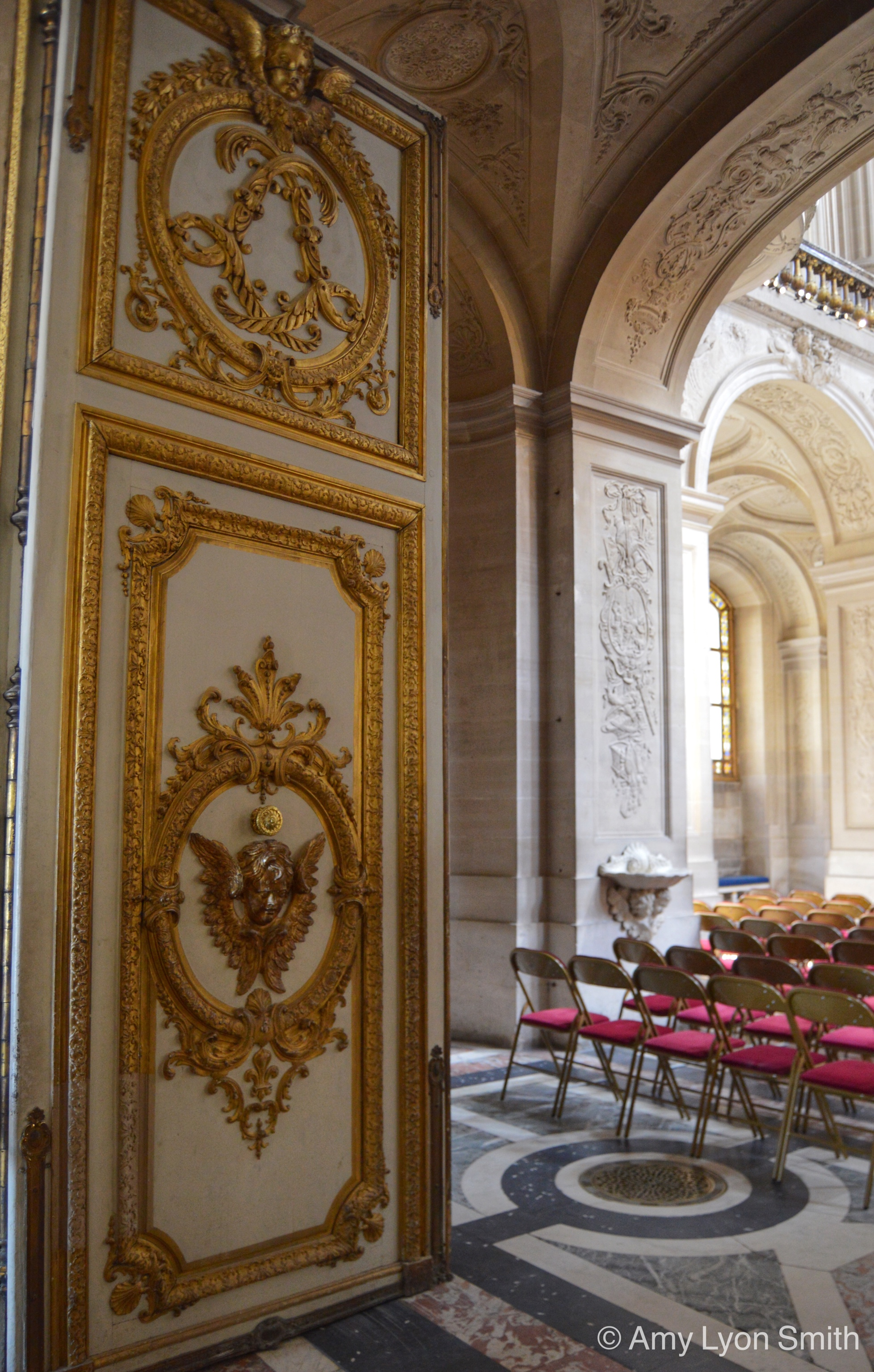Of course I could not show you Versailles on a Thursday without including at least one of the magnificent doors! This is one the doors to the Royal Chapel. & Palace of Versailles Archives - Bedlam \u0026 Daisies