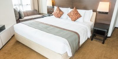 bed-two-pillows