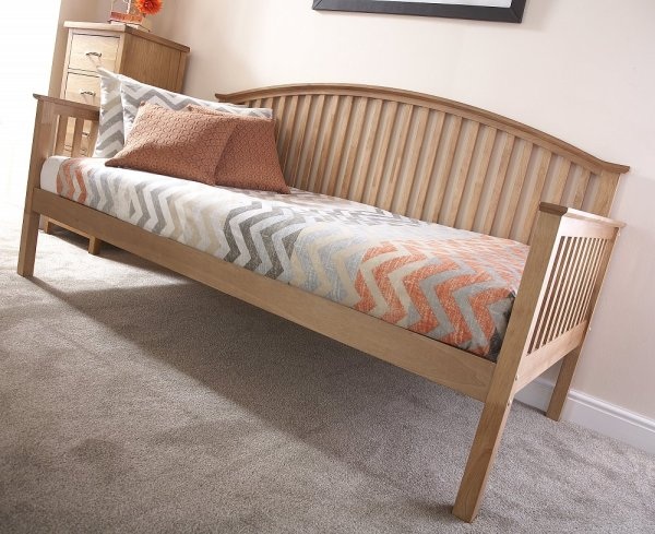 Wooden Daybed with Trundle Bed