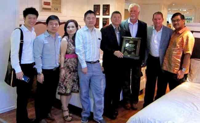 King Koil Honors Indonesian Retailers