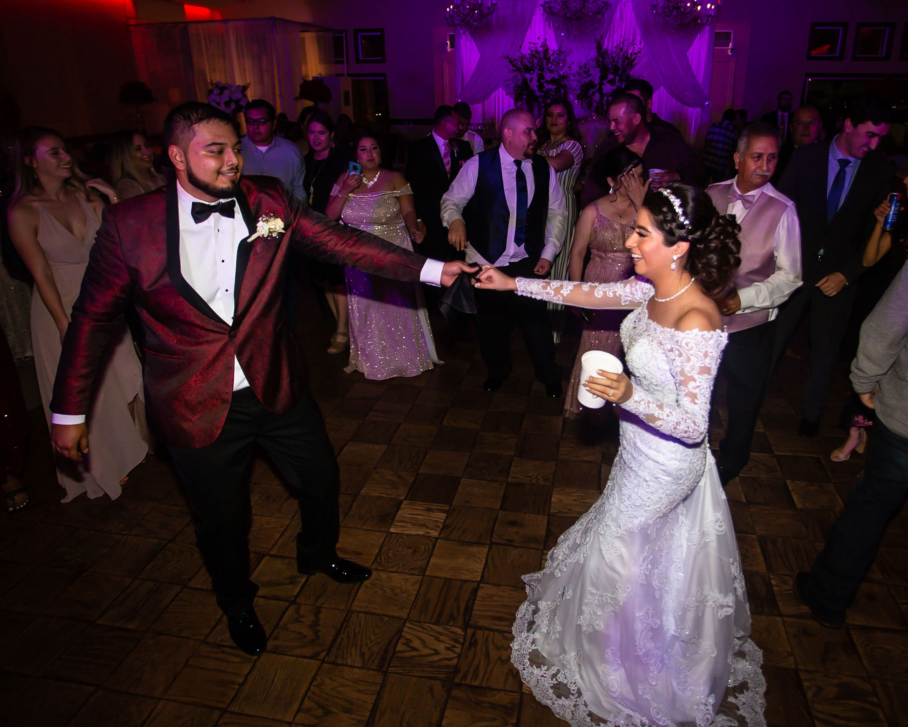 Real del Valle Event Center wedding dancing
