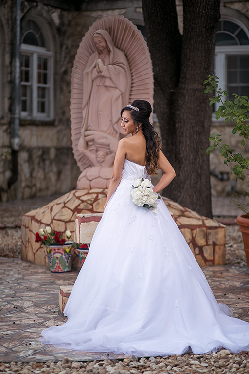 virgin marry bridal portrait san antonio