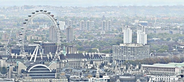 Some Closeups From World's Largest Photo, 320 Gigapixels of London