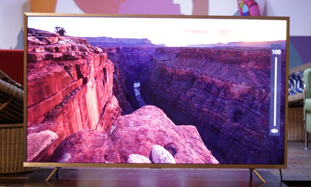 TCL L55P2MUS TV Review: Best Budget 4K Android Smart TV? | Beebom