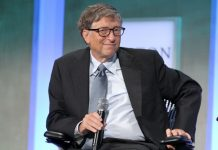 Bill Gates Shares the Most Inspirational Tweets of 2017