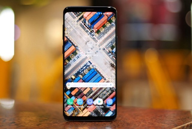 S9 Plus Review Display 2