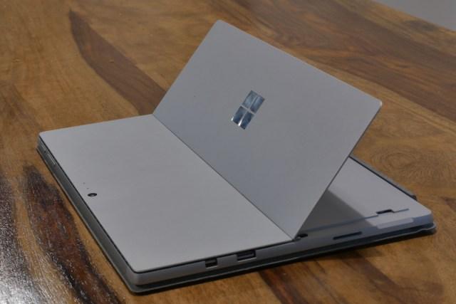 Surface Pro (2017) Connectivity00001