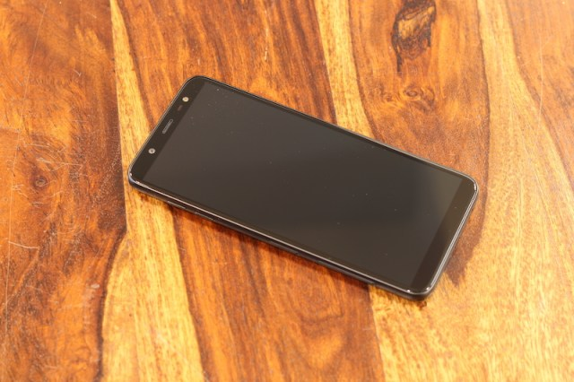 Samsung Galaxy On8 Design 00001