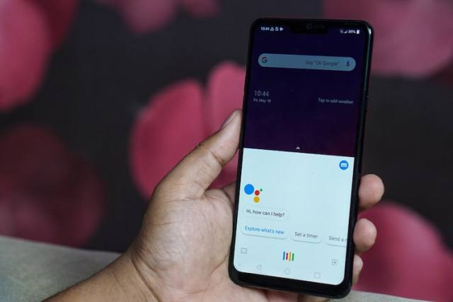 15 Best Google Assistant Tricks and Tips You Should Try