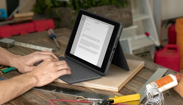 Logitech Rugged Folio для iPad 7