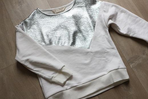 Shoplog herfstcollectie meisjes 2018 Mango wit zilver sweater