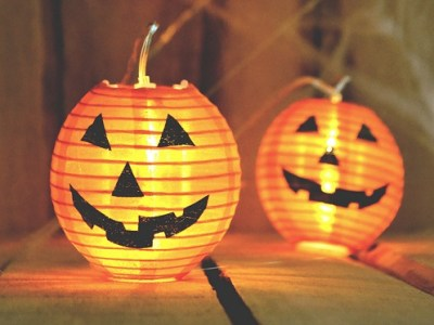 Sint Maarten vs Halloween?