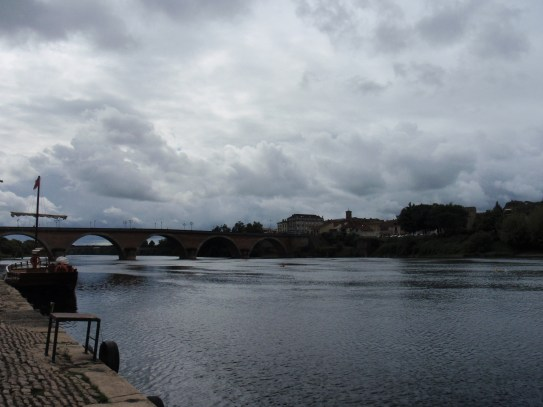 River Dordogne Bergerac the new bridge