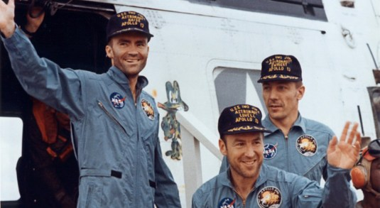 Apollo13Crew-rescueApril1970.jpg