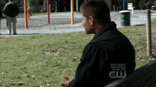 Cuối tập phim ấy, cuối cùng Dean và Sam đã tìm thấy phù thủy, nhưng cả hai lại quá trễ, vậy nên phong ấn ấy vẫn bị phá vỡ. Dean đến ngồi trong một công viên, ngắm nhìn...