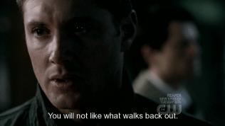 """""""Anh sẽ không thích cái thứ bước ra khỏi đấy đâu."""""""