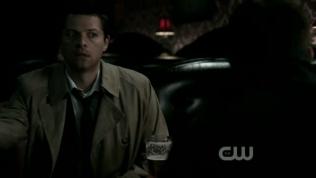 """Mặt Cas y chang như, """"Dean, cứu mạng!"""" =)))))"""