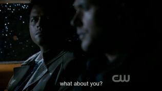 """""""Vậy còn cậu?"""" - Đến phiên Cas hỏi."""
