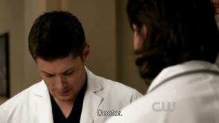 Và cậu Dean hoàn toàn e thẹn bẽn lẽn =)))))