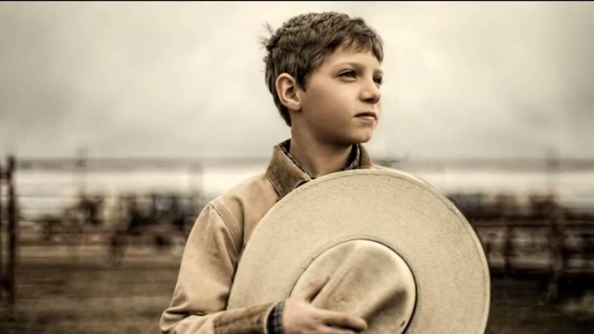 "Dodge RAM pays Super Bowl tribute with ""So God made a Farmer"""