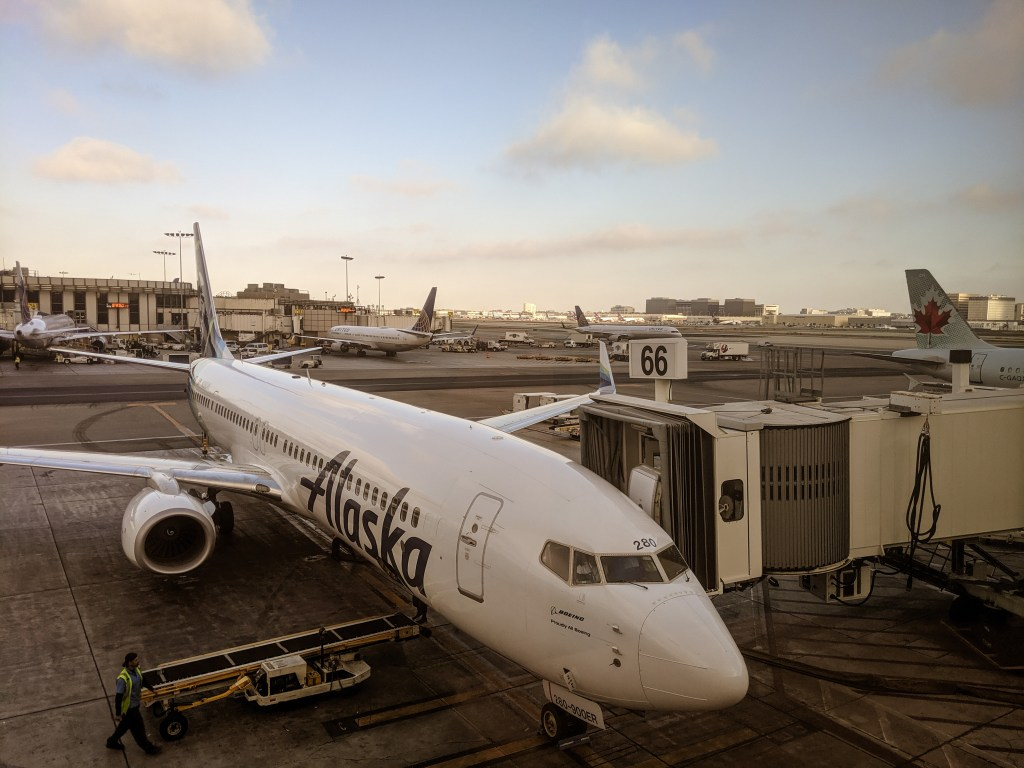 Alaska Airlines Lounge LAX Los Angeles Airport