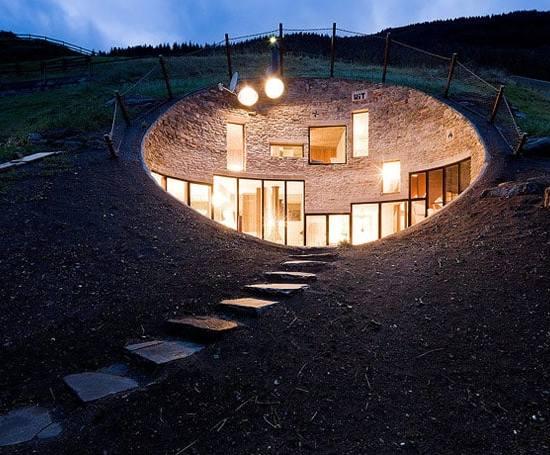 Living in a bunker, une maison de type bunker sous terre