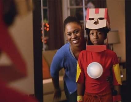 Target promouvoit les costumes d'Halloween de sa boutique