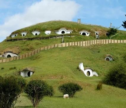 Les maisons des Hobbits habitées par des moutons