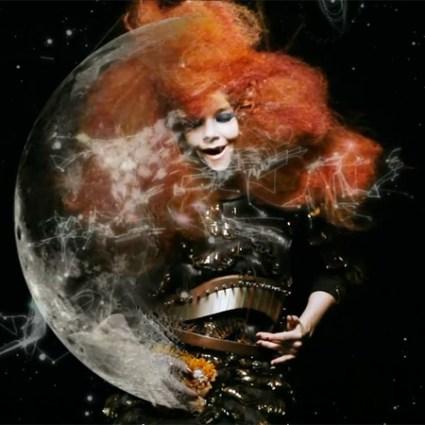 Björk – Moon