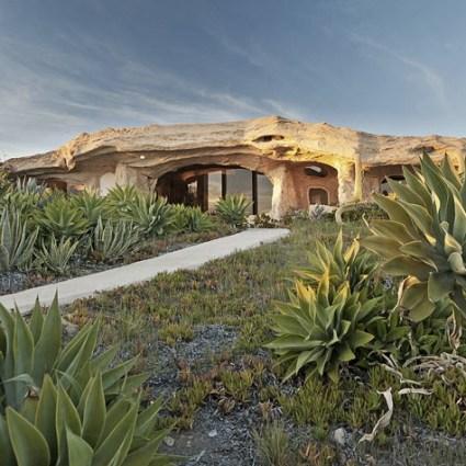 Flintstones house : une maison digne des Pierrafeu à Malibu