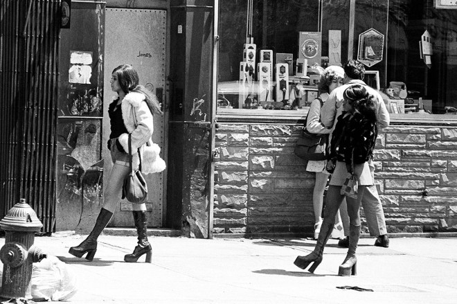 Hookers on Bowery - Leland Bobbé