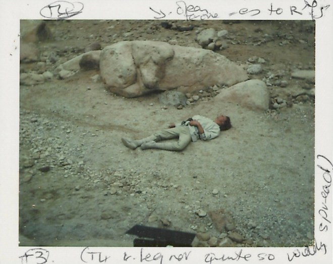 star-wars-1977-012-polaroid-visual-reference-of-luke-skywalker-han-solo-chewbacca-escape-route-down-garbage-chute-SW34V-b