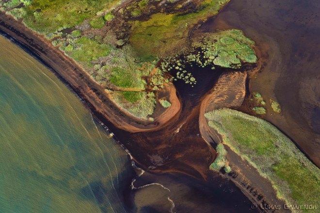 Suedkueste - Aerial Island - Lukas Gawenda