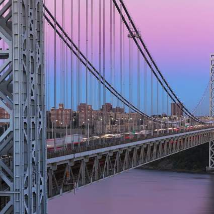 Window on Manhattan / Timelapse
